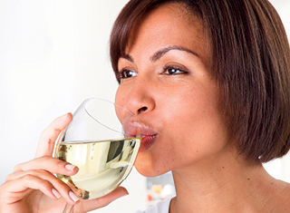 Sensory evaluation of mouthfeel in wine