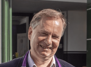 """Q&A with Simon Field (MW): """"SA wine must clarify its message"""""""