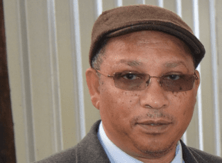 WC Minister of Agriculture visits farming projects in Cape Metro