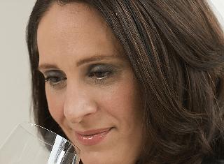 Wine Influencer: Debbie Juergenson, Apothic Wines | June 2020